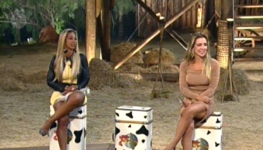Valesca e Joana aguardam a outra finalista(09/10/11)