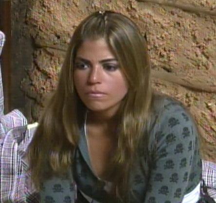 Raquel mostra tensão antes de ser chamada (04/8/2011)