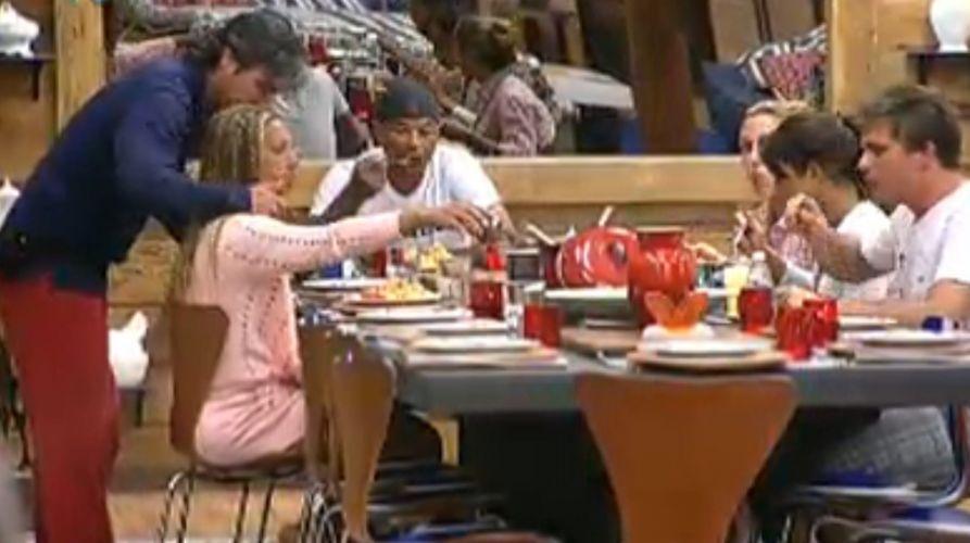 Peões almoçam na sede (5/8/2011)