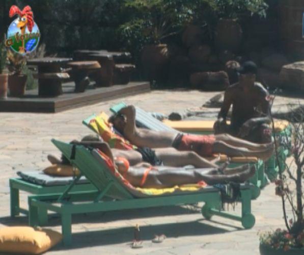 Equipe Avestruz aproveita o sol deste domingo (07/8/11)