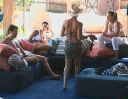 Divisão do prêmio foi a causa da discórdia entre o grupo Ovelha (14/8/11)