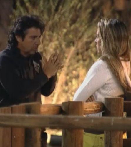João conversa com Joana Machado sobre os outro peões (18/8/2011)