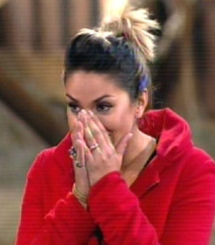 Dani recebe a notícia da eliminação (25/8/2011)