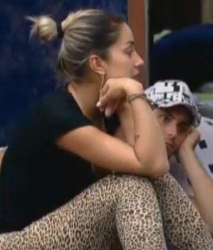Dani Bolina disse que é bem travada nas festas (20/8/2011)
