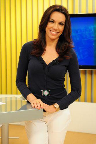 """Ana Paula Araújo Estreia Neste Domingo No """"Fantástico"""""""