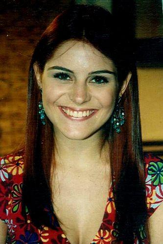Regina de Almeida (Bruna Thedy)