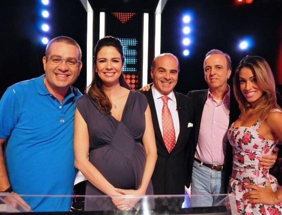 Bola, Luciana Gimenez, Marcelo de Carvalho, Henrique Prata e Dani Bolina no Mega Senha (11/12/10)