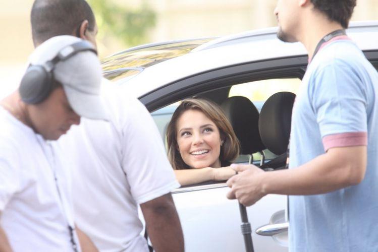 Assim como Gabriel Braga Nunes, a atriz Paola Oliveira, que interpreta Marina, participa das gravações de