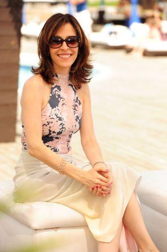 Eunice Alencar Machado (Deborah Evelyn)