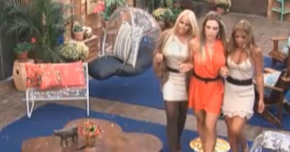 Raquel, Joana e Monique na última festa(10/10/11)