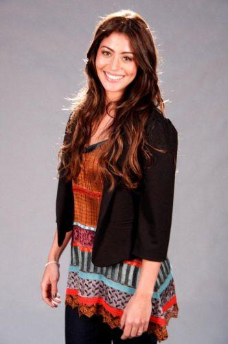 Natália (Carol Castro)
