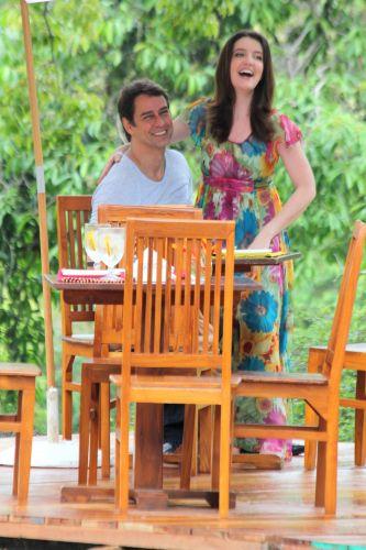 Marcello Antony e Larissa Maciel divertem-se em gravação de