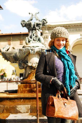 Agostina Mattoli (Leandra Leal)