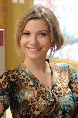 Paula (Viviane Netto)
