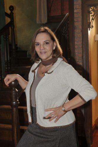 Dona Augusta (Denise Del Vecchio)