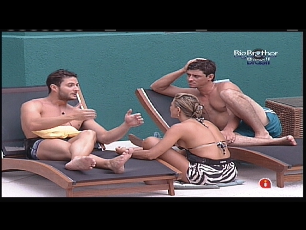Ronaldo, Fabiana e Fael falam sobre a união dos participantes e concordam em evitar brigas (12/1/2012)
