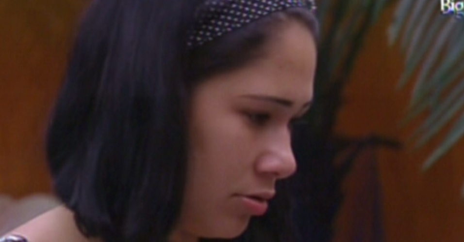 Jakeline recebe crticas de sisters (15/1/12)