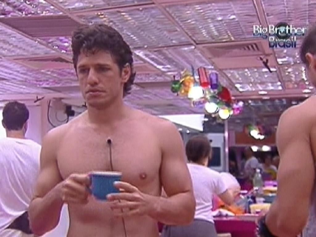 João Maurício toma café da manhã (16/1/12)
