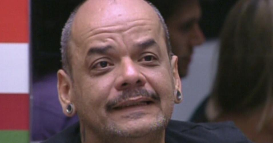 João Carvalho fala do prazer que tem de cozinhar (17/1/12)