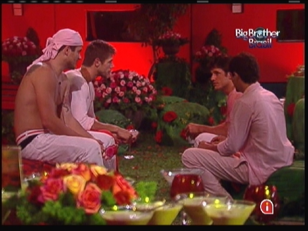 Brothers conversam sobre voto do paredão (18/1/12)
