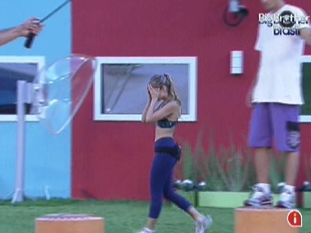 Renata é a sétima a abandonar a prova do Líder; 4 continuam na disputa (19/1/12)
