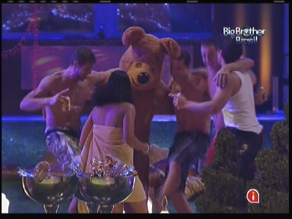 Brothers e urso contagiam a pista (21/1/12)