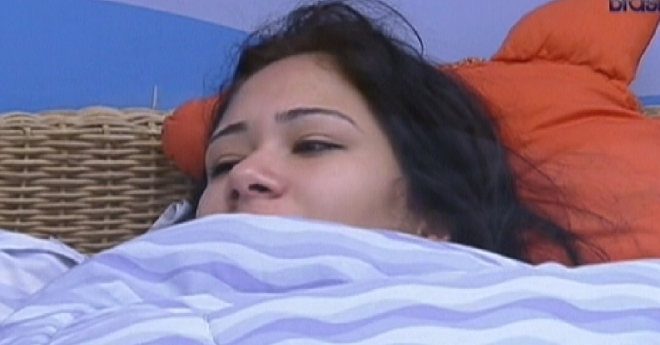 Jakeline acordou pensando no paredo (24/1/12)