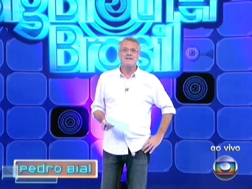 Pedro Bial apresenta o terceiro paredão do