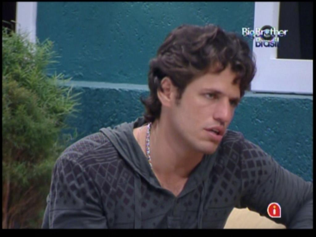 João Maurício comenta opção de voto de Laisa (29/1/12)