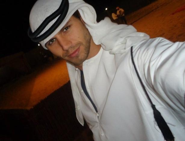 Jonas em uma das suas viagens no Deserto Al Khatim, em Abu Dhabi