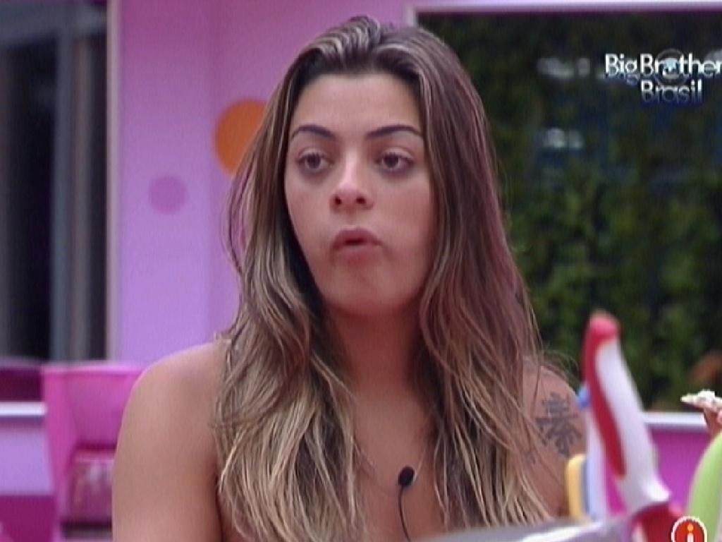 Monique discute com Renata e Ronaldo por causa de gelatina (4/2/2012)