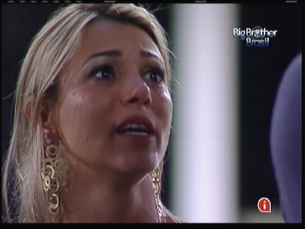 Fabiana chora após formação do paredão (5/2/12)