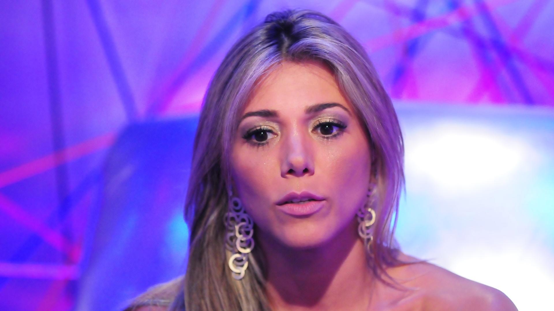 Fabiana vota em Yuri (5/2/2012)