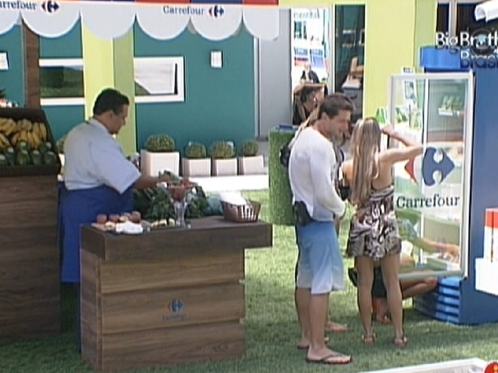Participantes comemoram promoes em semana com poucas estalecas (6/2/2012)