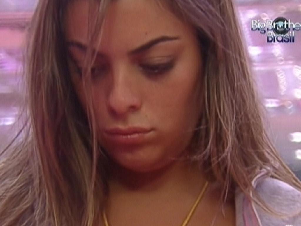 Monique acorda e é seca com Jonas e Renata (9/2/12)
