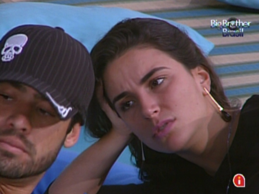 Yuri e Laisa falam mal de Jonas e de Rafa, aps sada de Joo Maurcio (14/2/12)