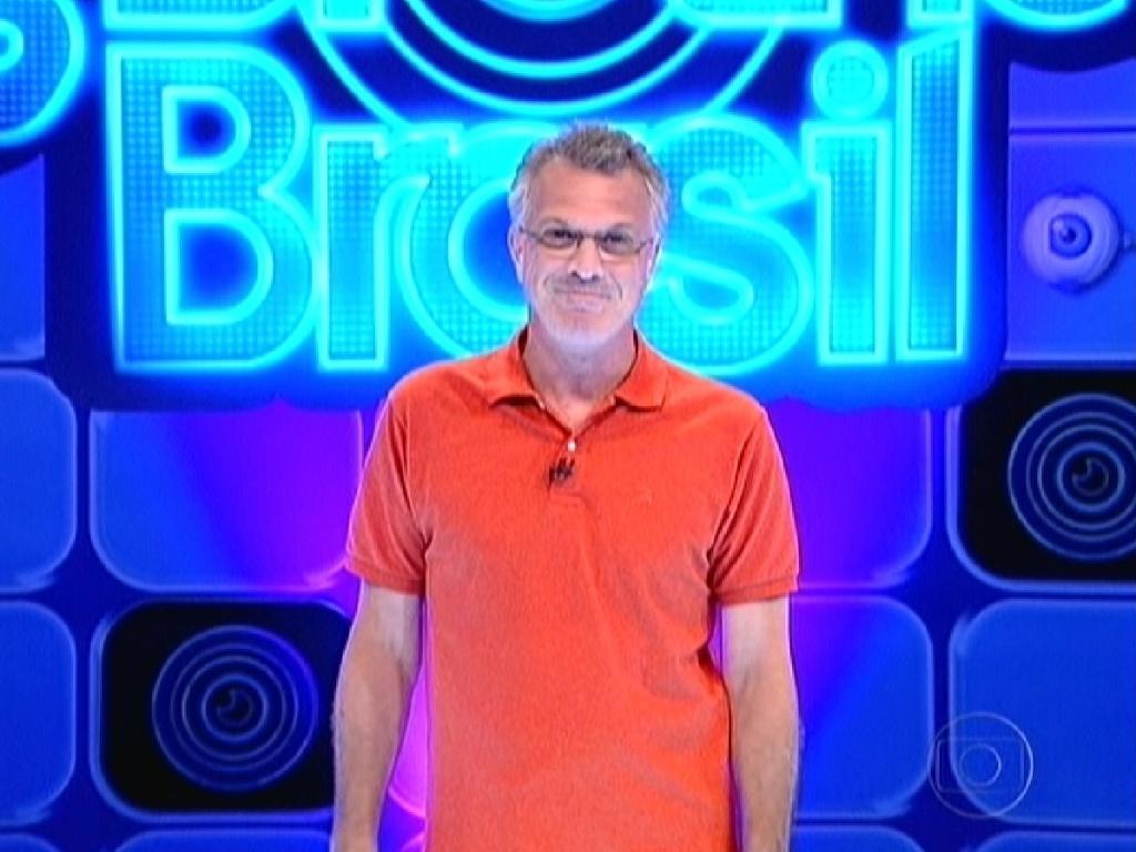 Pedro Bial apresenta o programa que terá o novo líder (16/2/12)