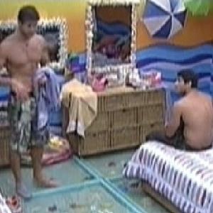 Jonas e Yuri conversam sobre o temperamento de Rafa (21/2/12)