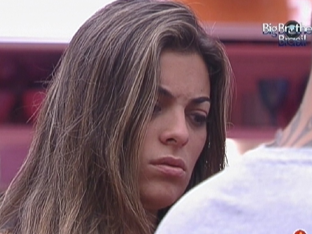 Monique desabafa com João Carvalho sobre Renata (23/2/12)