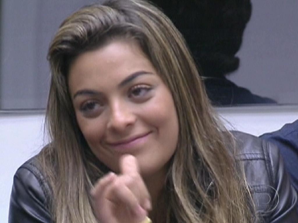 Monique ouve Pedro Bial confirmar que ela e Rafa não participam da prova do líder (23/2/12)