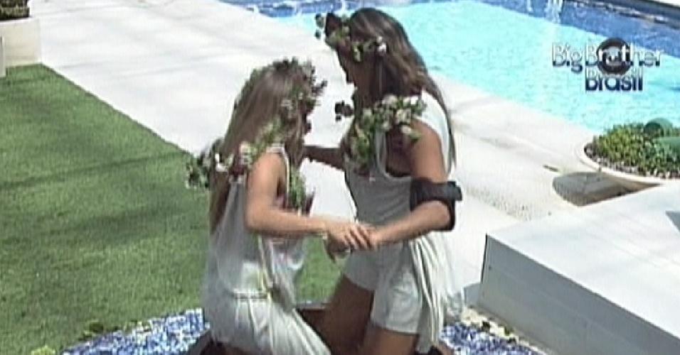 Renata e Monique, mais uma vez, cumprem o castigo do monstro (2/3/120