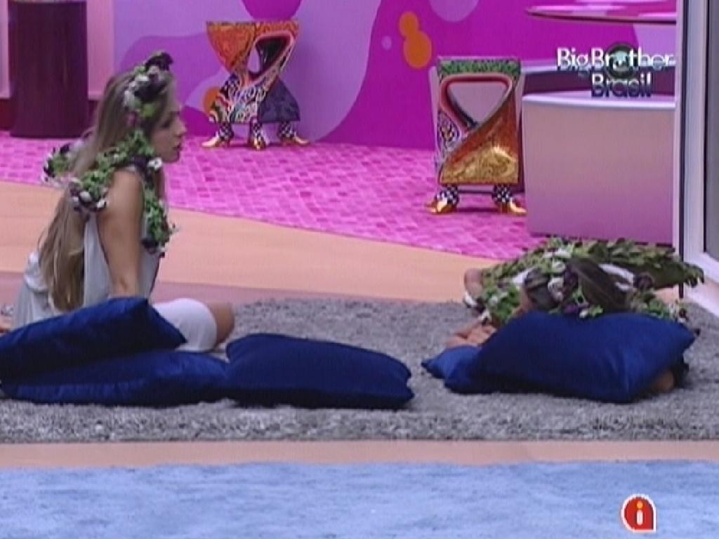 Renata e Monique reclamam de Fabiana (2/3/12)