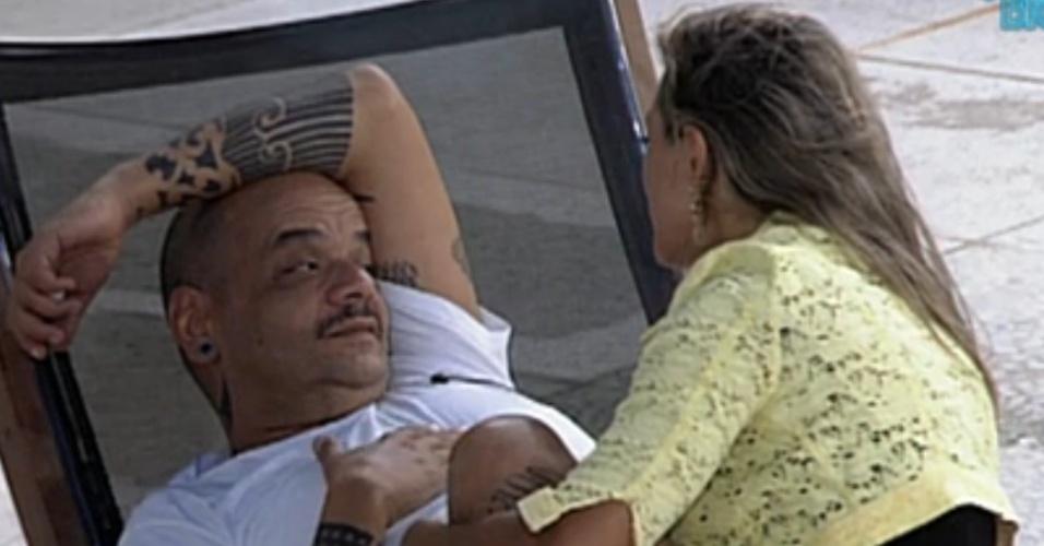 João Carvalho conta para Fabiana que achava ela chata (5/3/12)
