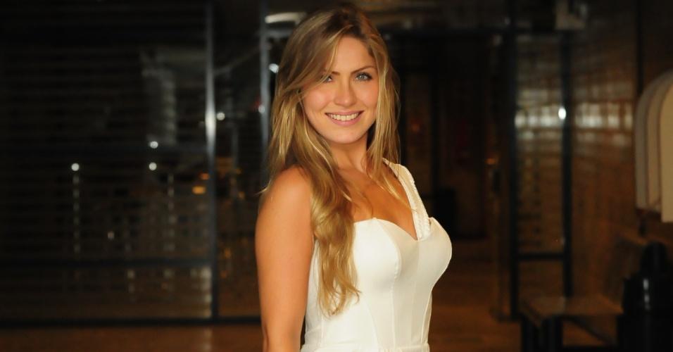 Renata foi eliminada no oitavo paredão que disputou com João Carvalho