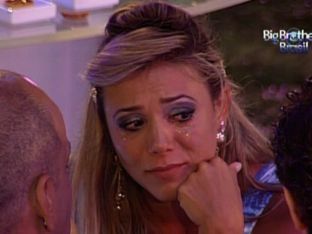 Fabiana chora e diz estar muito chateada (8/3/12)