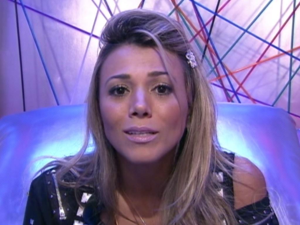 Fabiana vota em João Carvalho (11/3/12)