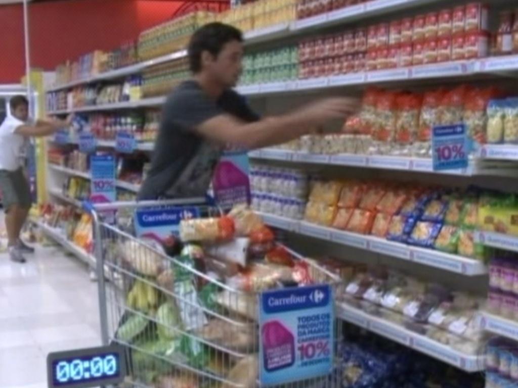 Jonas e Fael foram os responsáveis pelas compras desta semana (12/3/12)