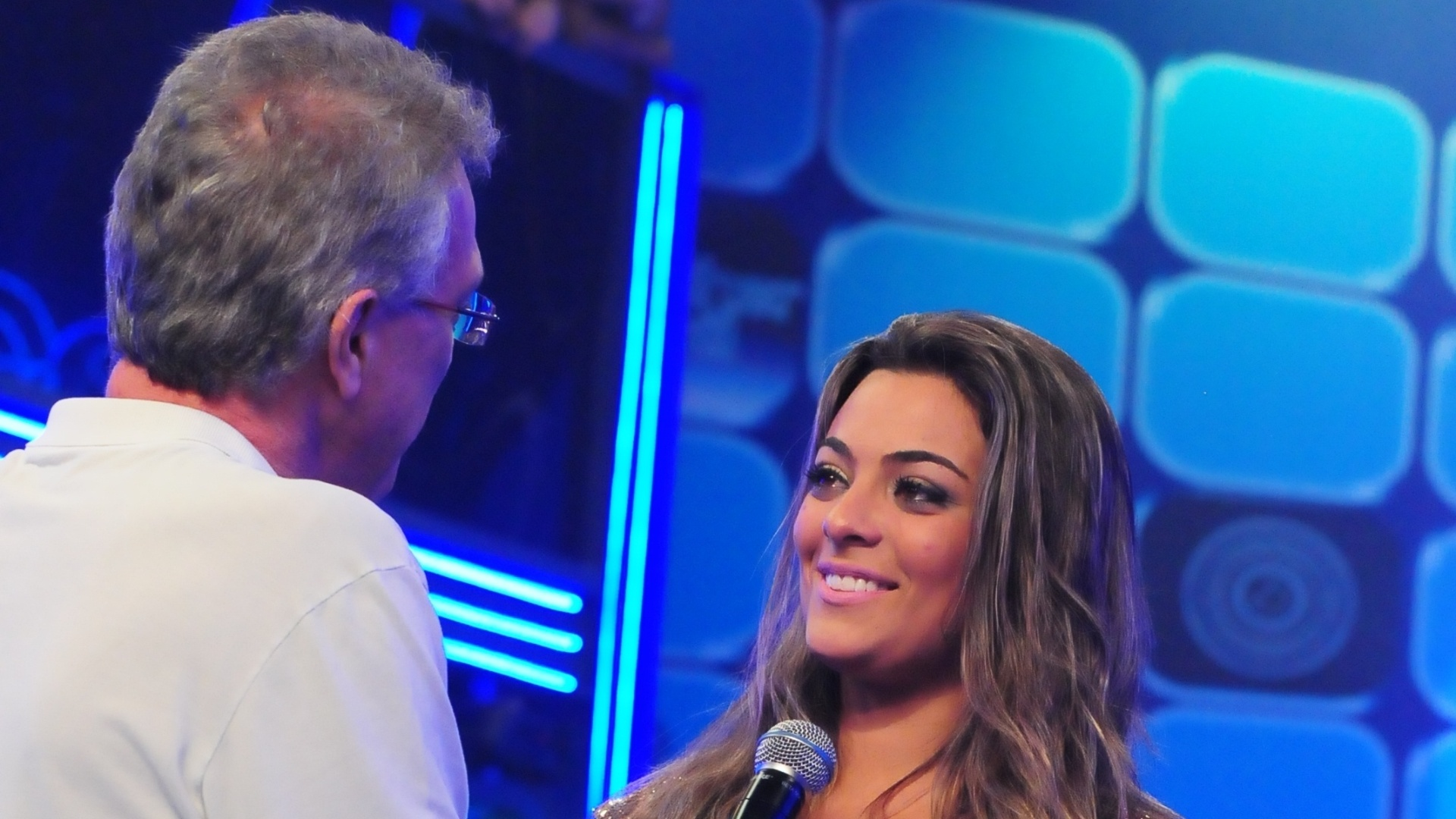 Monique conversa com Pedro Bial ao sair do confinamento (18/3/12)