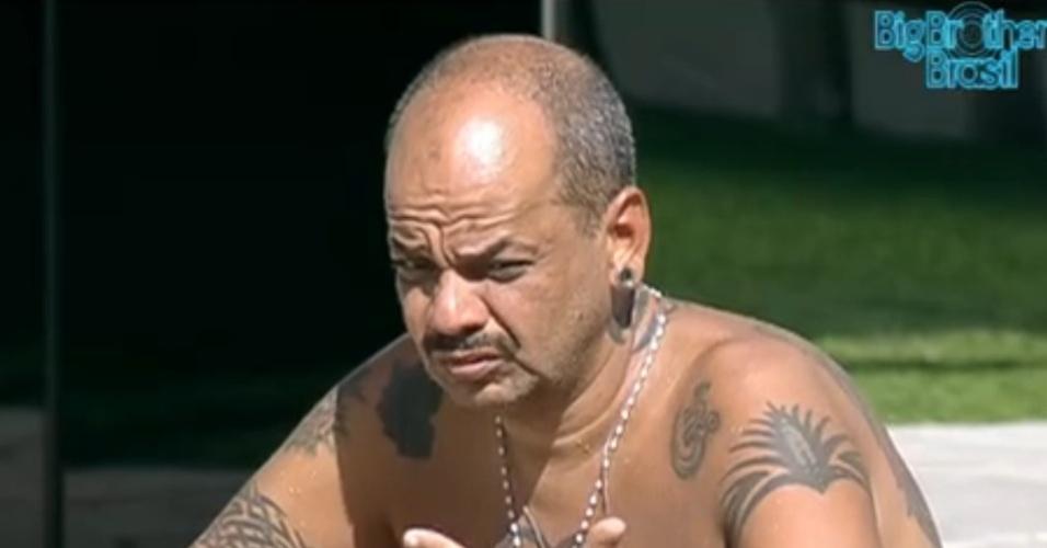 João Carvalho fala sobre a reação de Fael ao paredão (20/3/12)