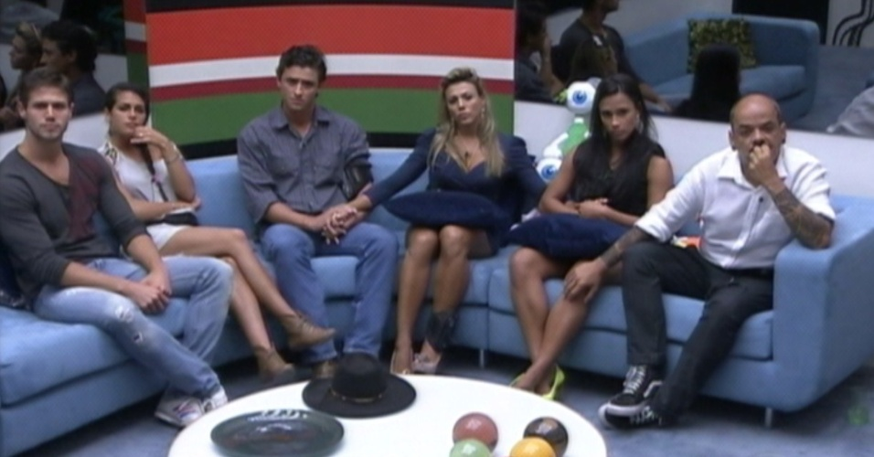 Brothers ouvem discurso de Bial e aguardam a eliminao (20/3/12)